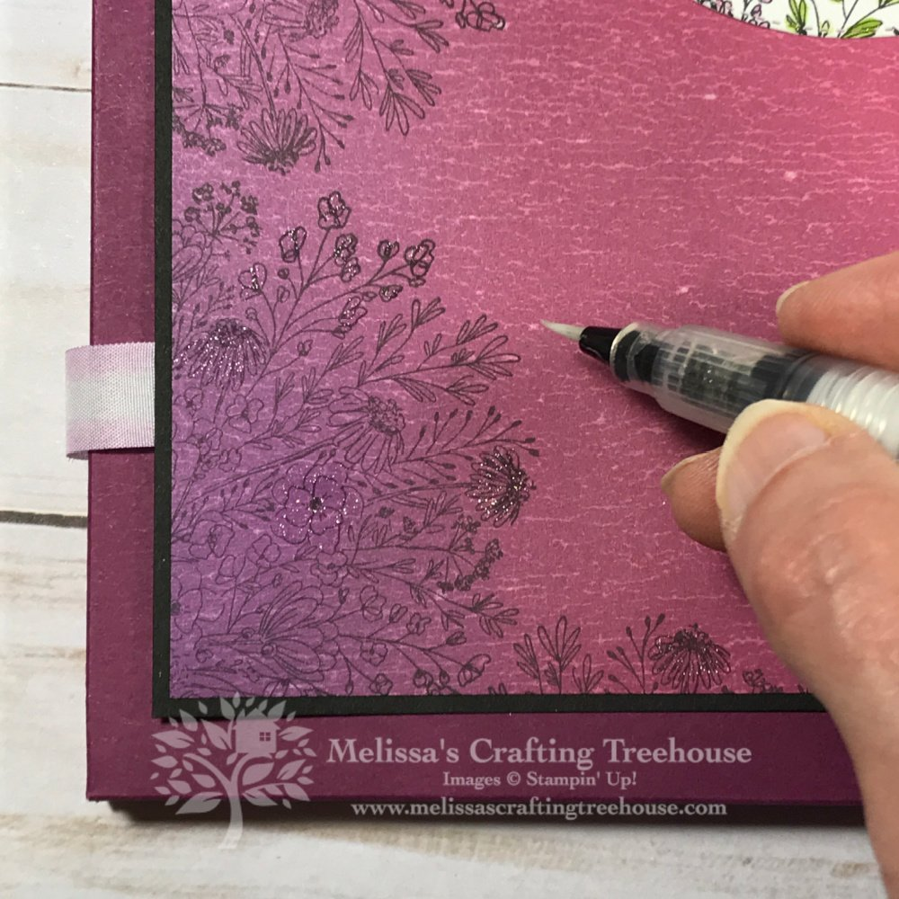 Today's folio and cards are made with the Artistry Blooms Suite and are one of a set of 3 folios. This medium size folio fits up to 3 cards and envelopes.